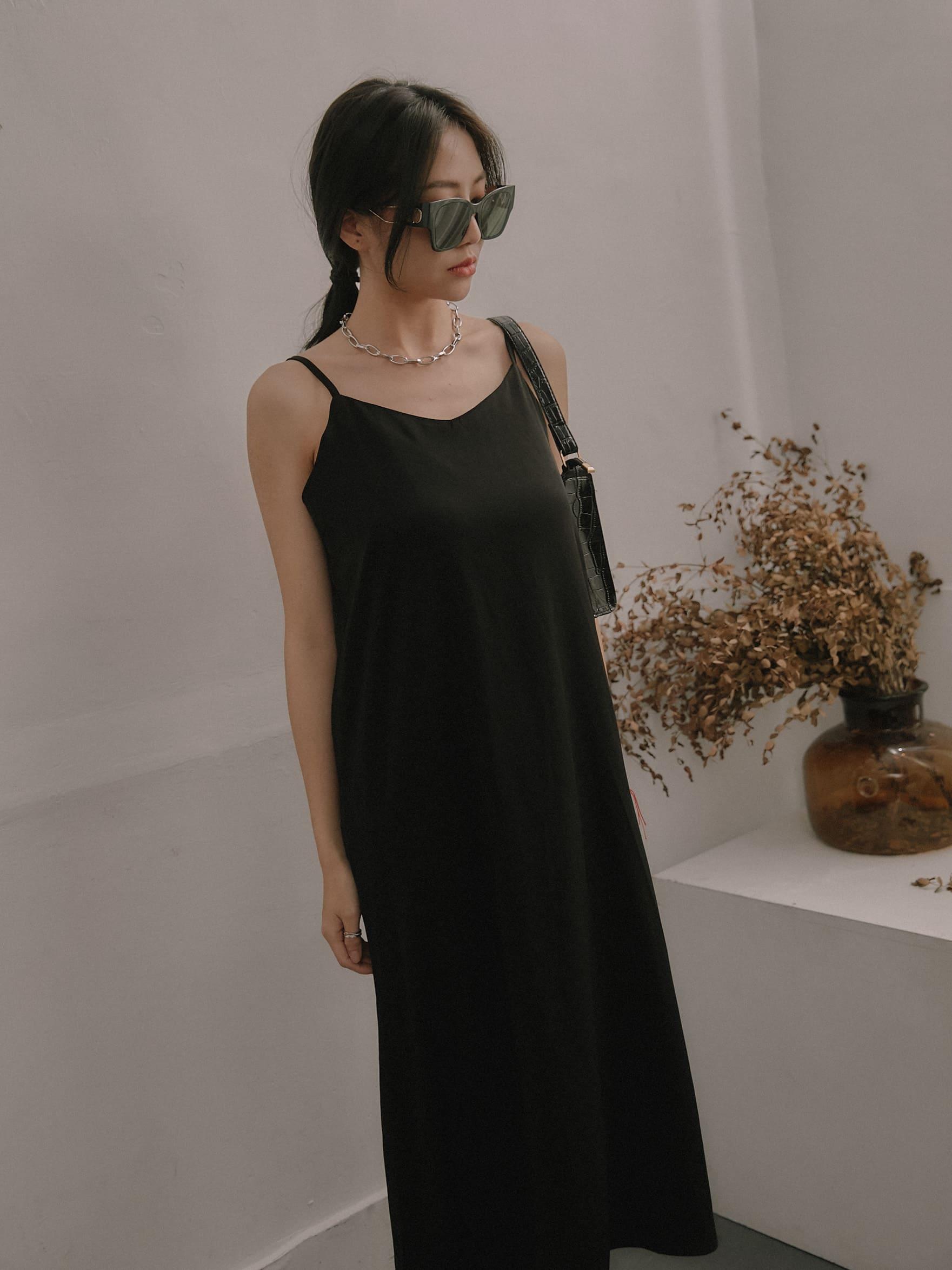 柔美氣質細肩連身裙
