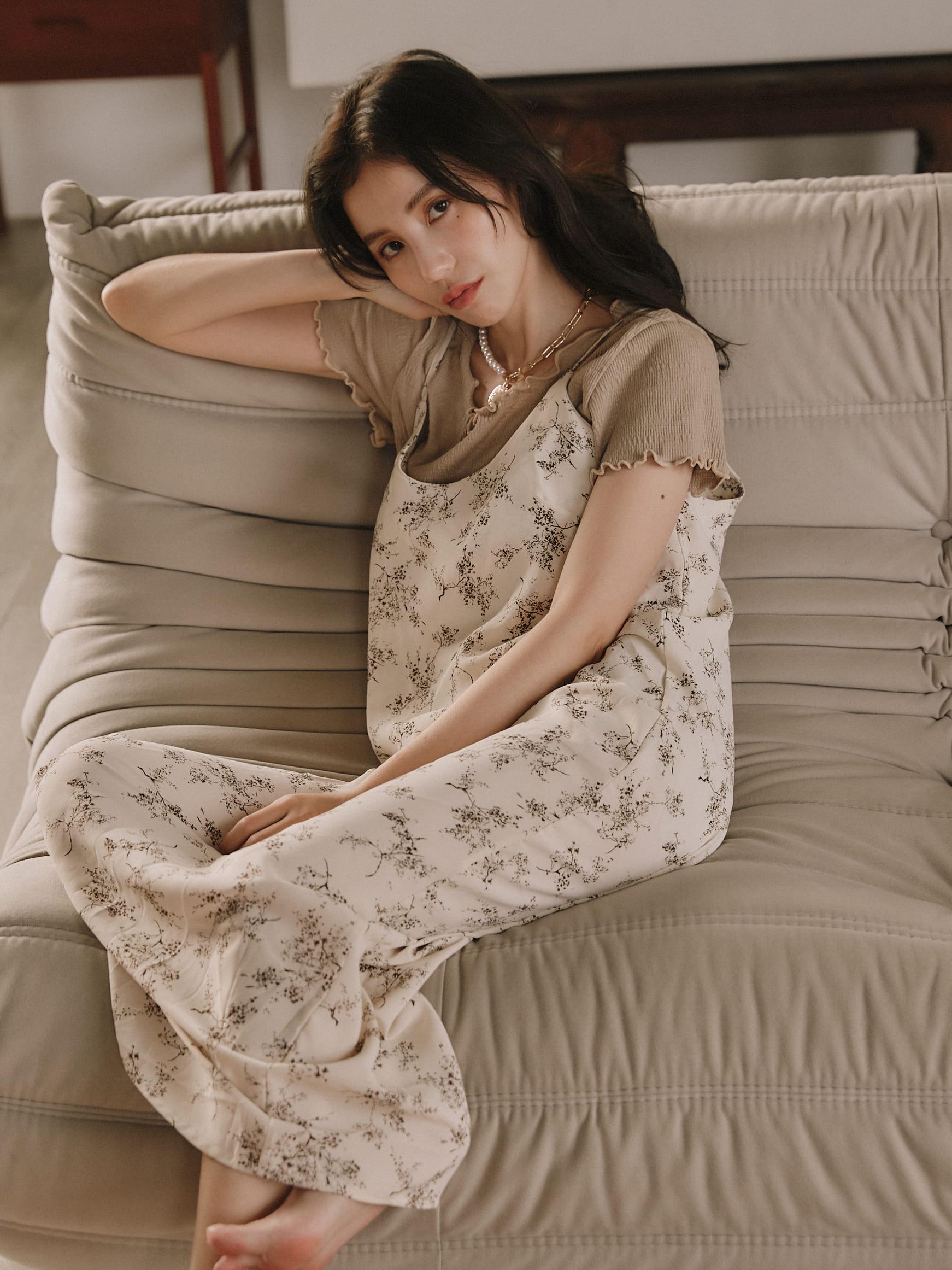 樹枝紋連身裙
