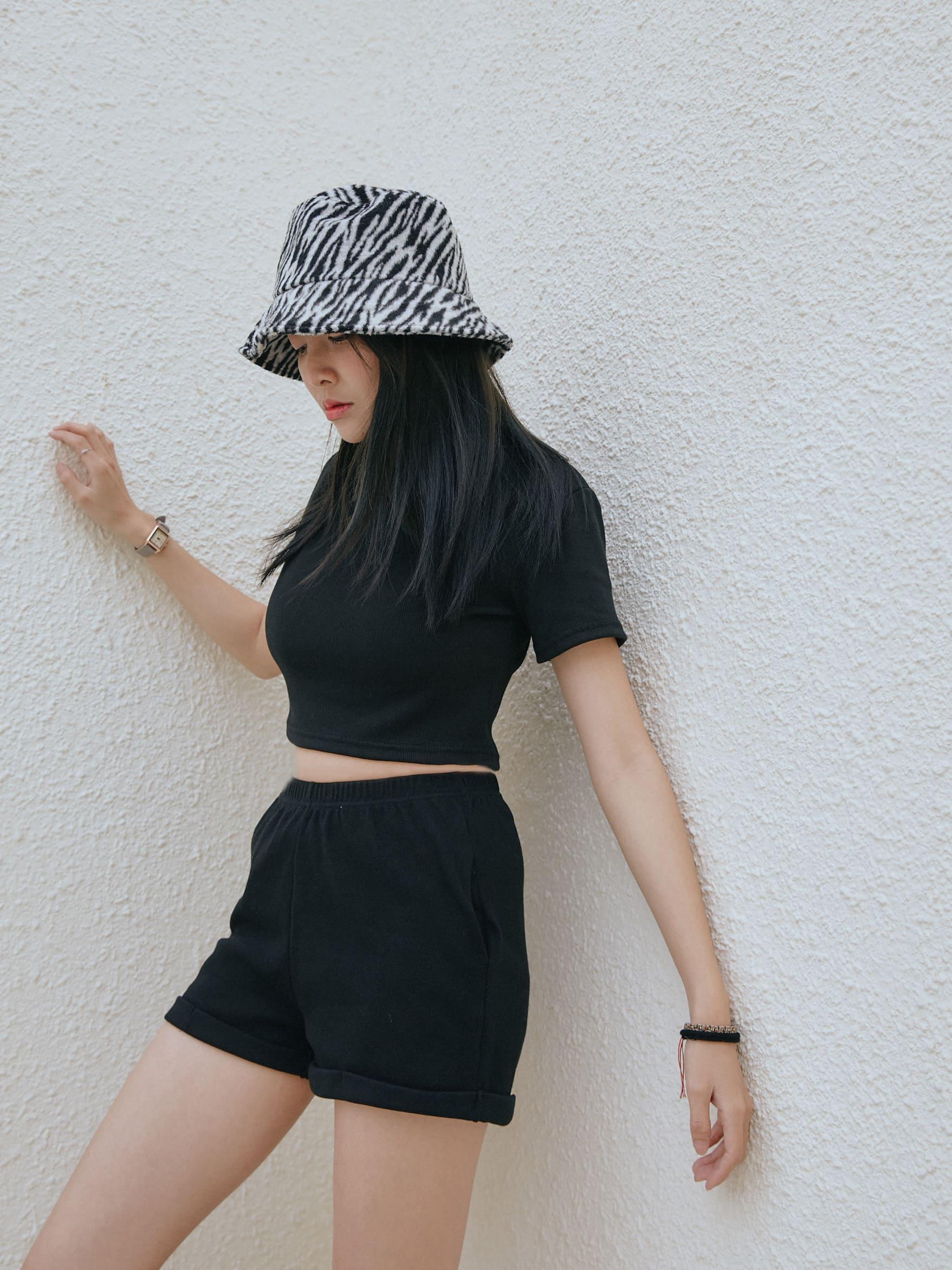 自訂款-螺紋彈性短褲套裝