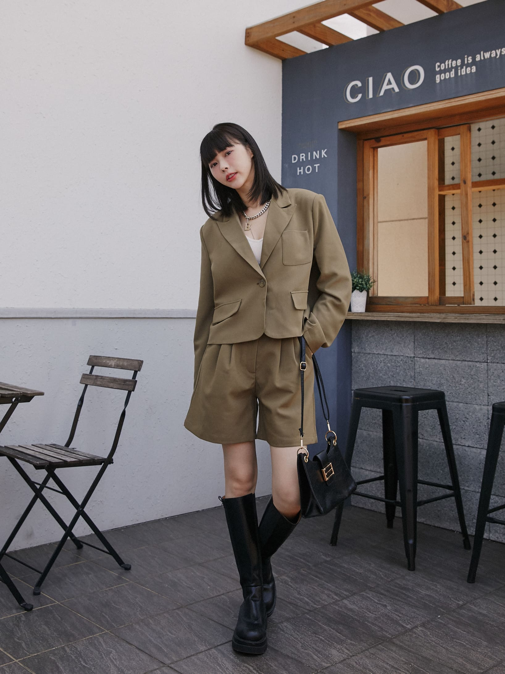 短版西裝套裝-西裝外套+短褲