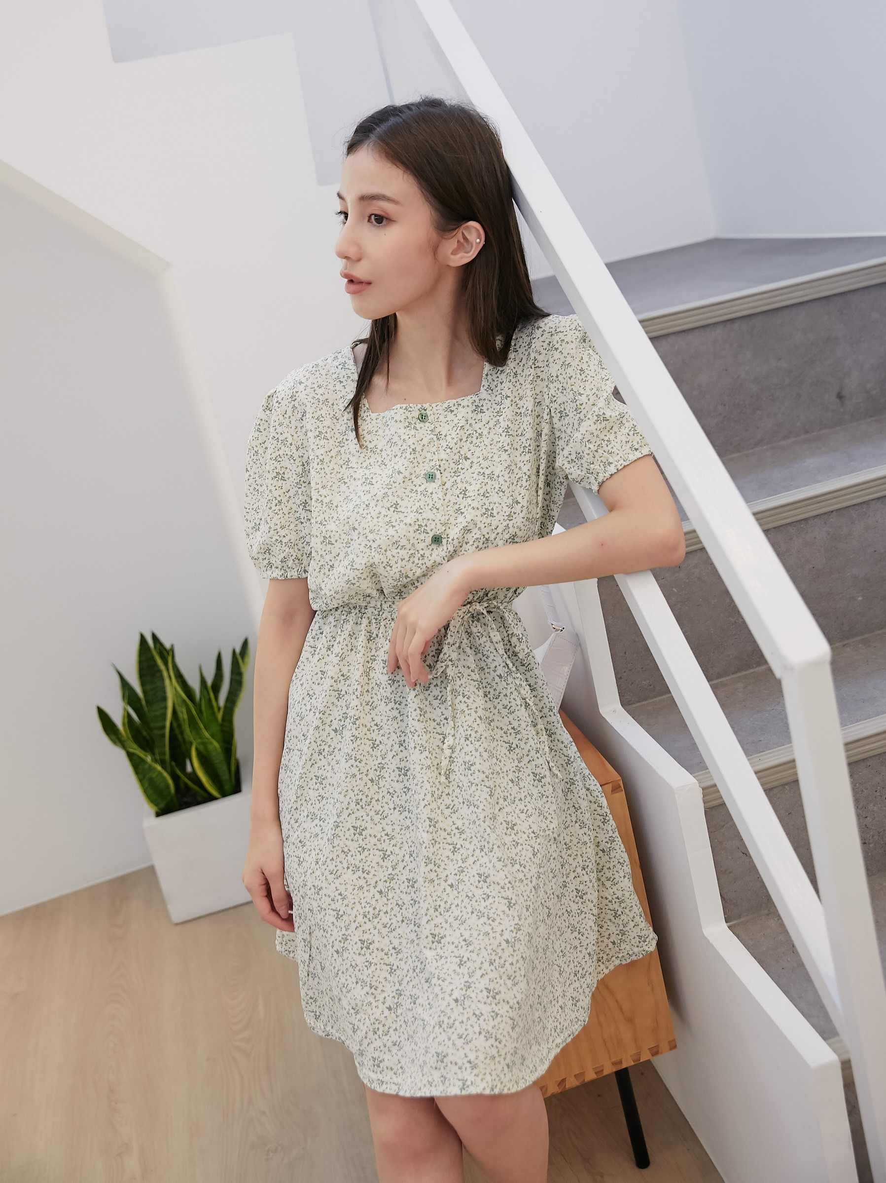 自訂款-清新小花洋裝