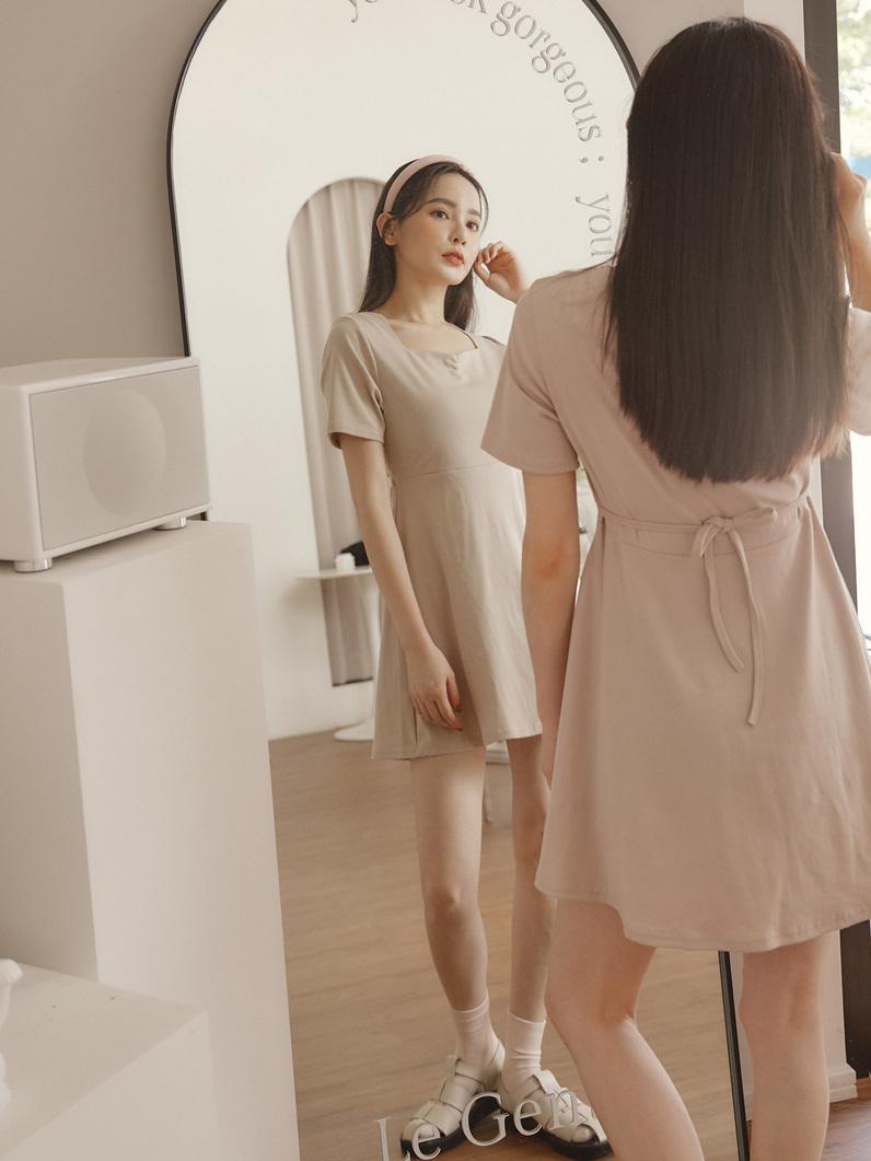自訂款-方領A字棉質洋裝