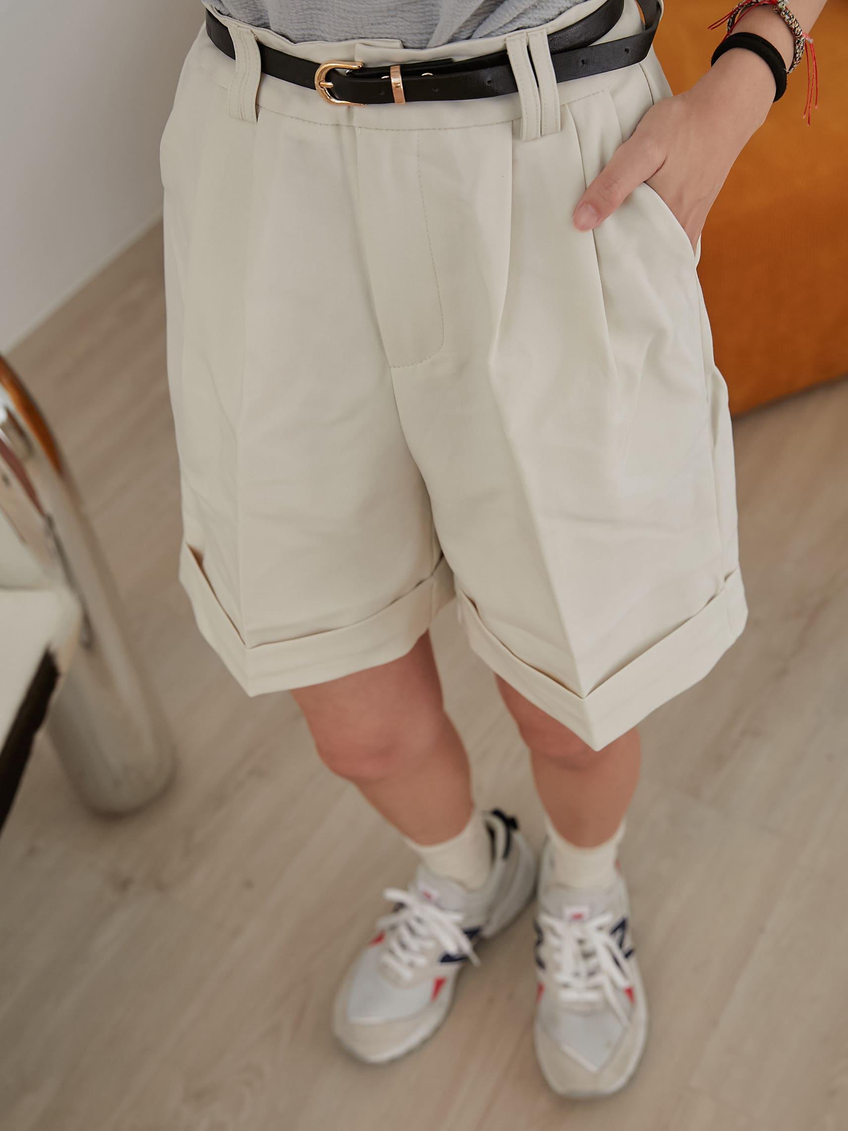 時尚五分西裝短褲(附皮帶)