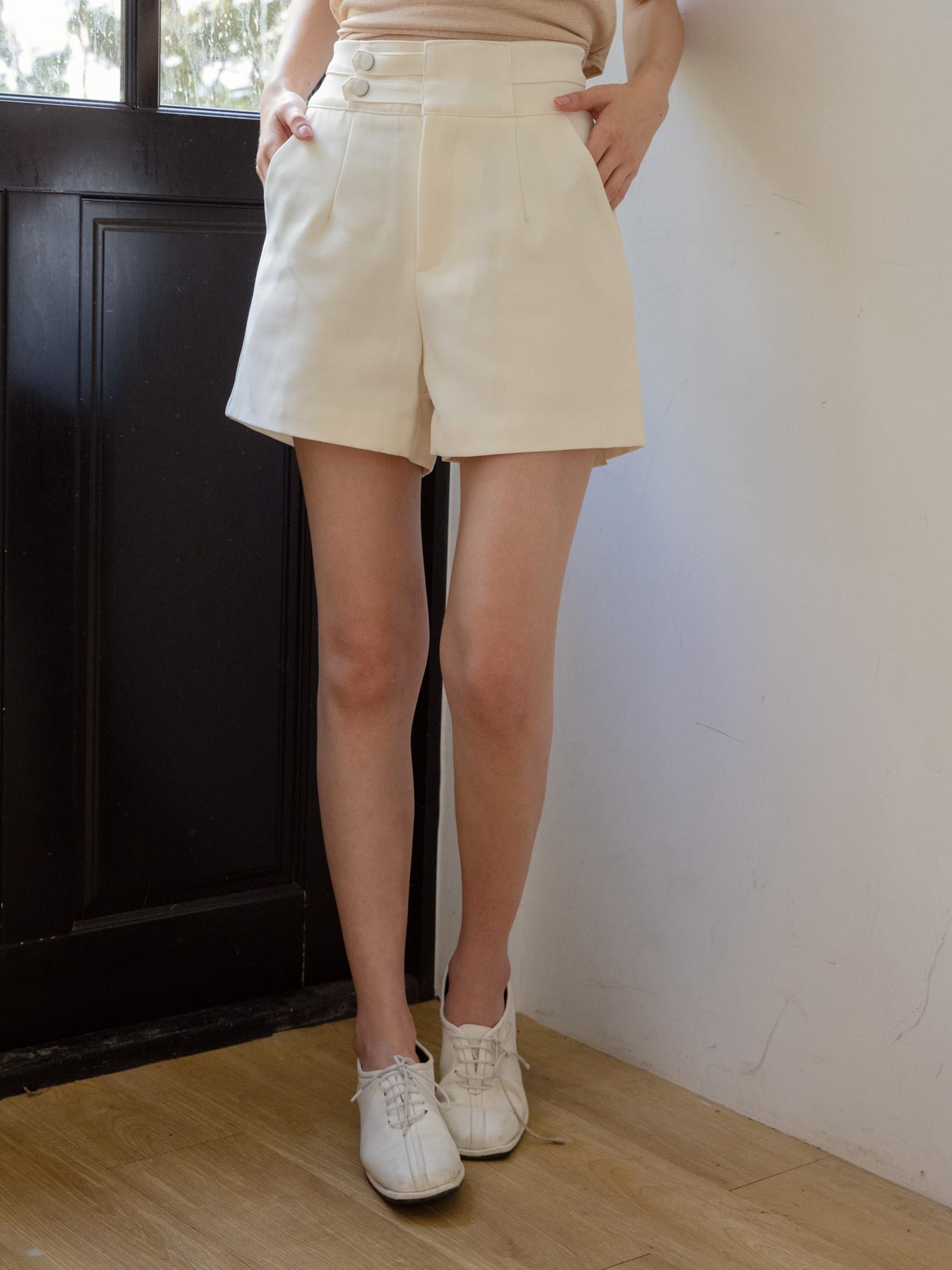 側雙釦挺版西裝短褲