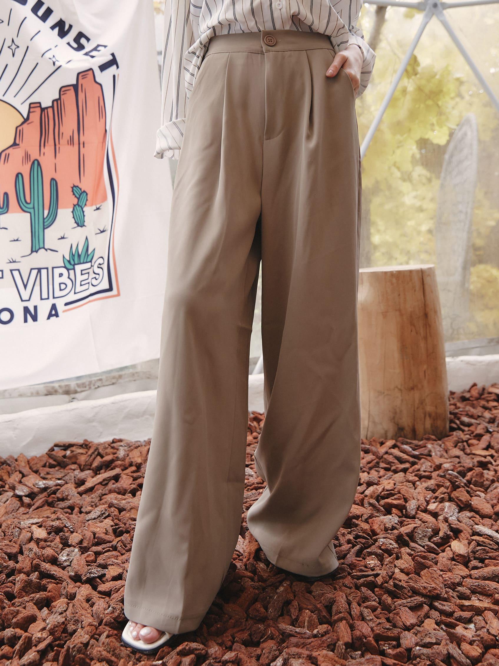 顯瘦寬版西裝褲