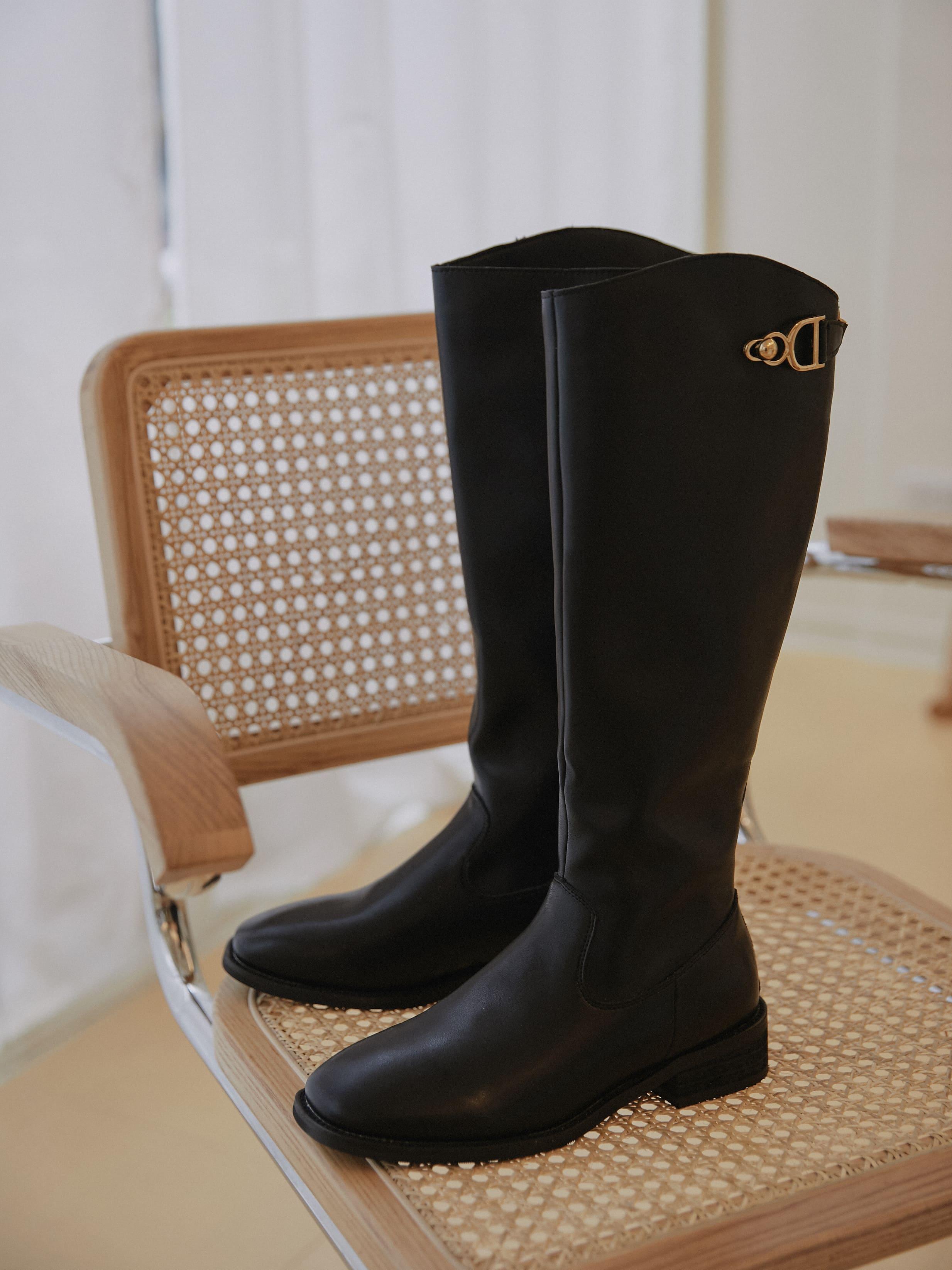 側邊金釦長靴