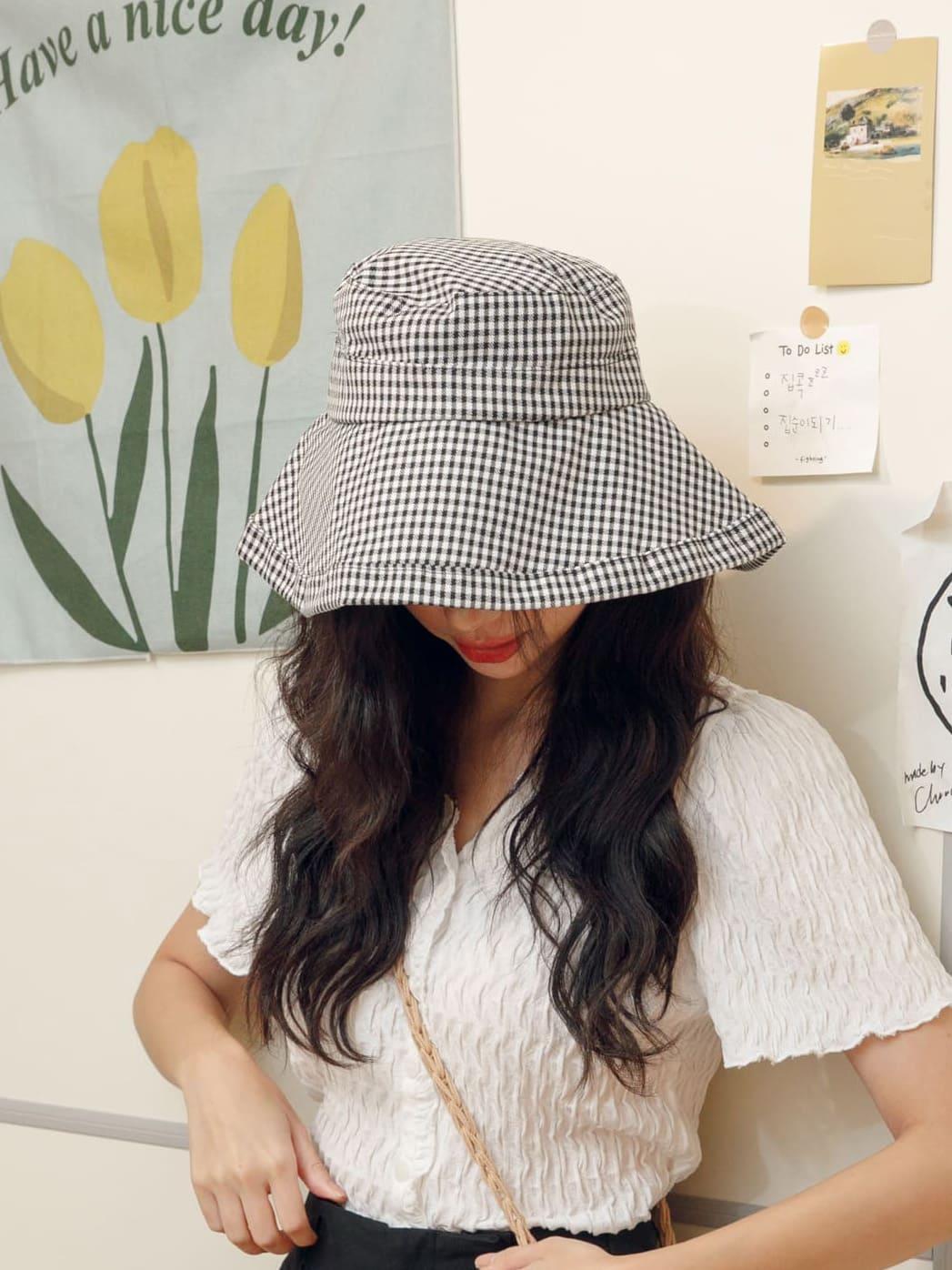 大帽簷格紋漁夫帽
