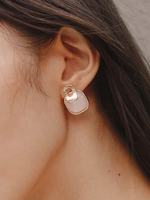 鏤空金邊方型耳環